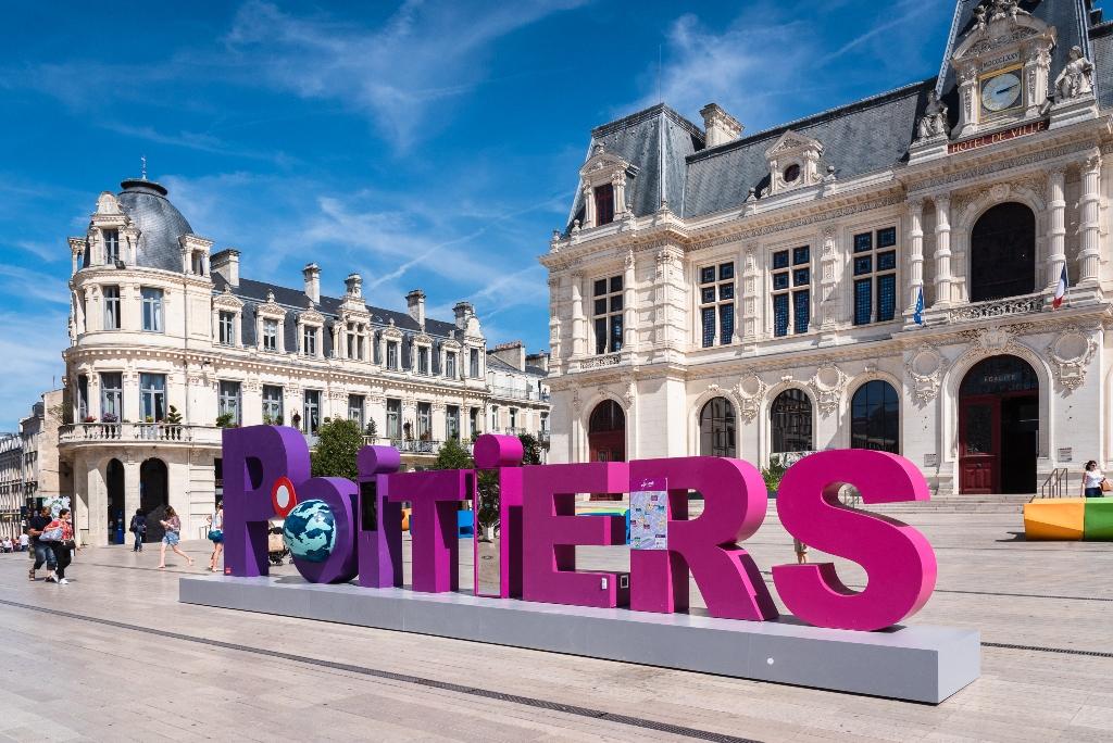 Découvrir Grand Poitiers... en live